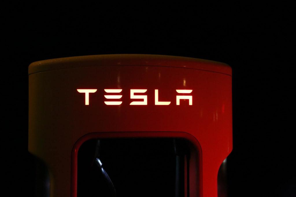tesla-superchargeur